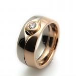 Ringar i vitt guld och extrarött guld