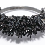 Armband, patinerad brons och silver