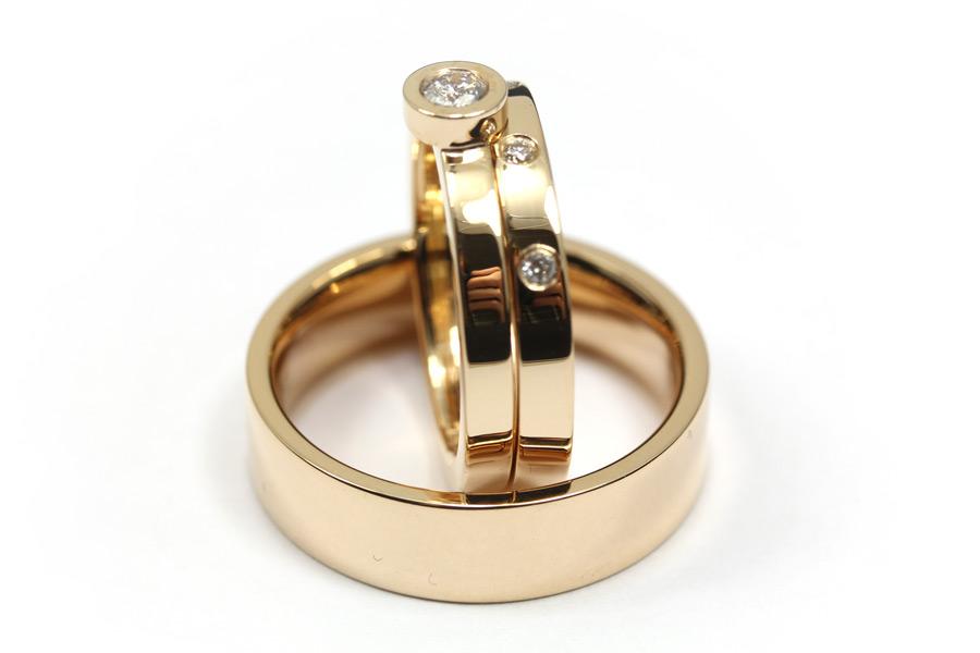 Vigselringar och förlovningsringar av guld