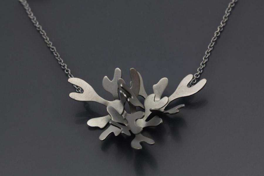 sea-weed-silver-pendant-erik-tidang