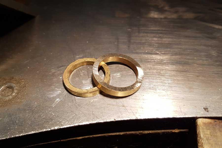 Återvunnet guld i nya ringar - Erik Tidäng