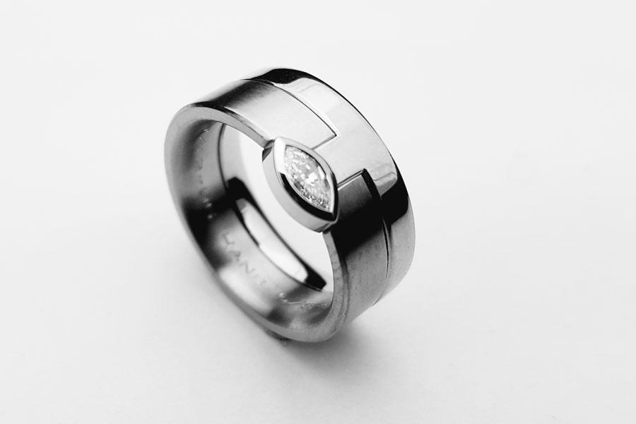 Kombinationsring med natvettslipad diamant - Erik TIdäng